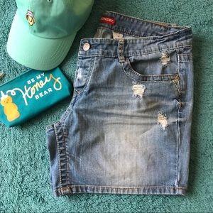 Unionbay distressed denim shorts